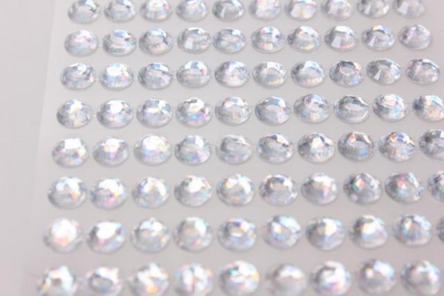 стразы граненые круглые брилиант на липучке  8мм 140шт