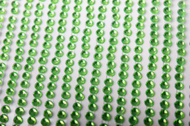 стразы кругл. салатовые на липучке 3мм 750шт