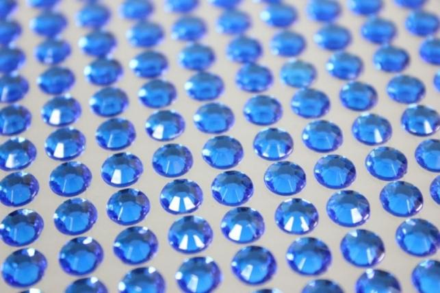 стразы круглые на липучке граненые синий  6мм 260шт