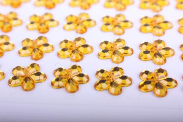 стразы на липучке -  цветы желтые 12мм   114 шт  505 - код 1616