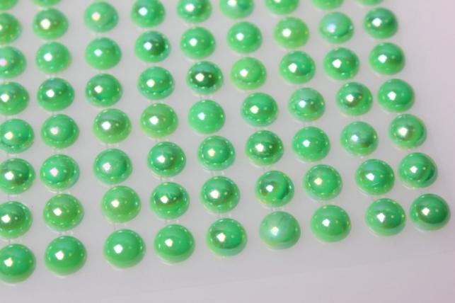 стразы на липучке зелёные 8мм 135шт