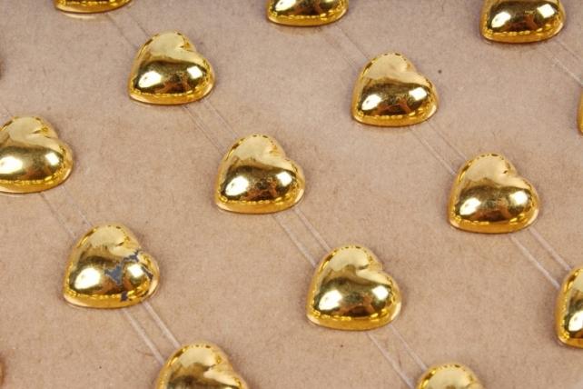 Стразы на листе Сердце золото 8мм DZ816