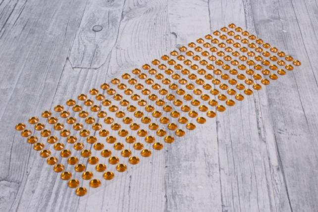 стразы прозрачные желтые  95шт  dz436  8227