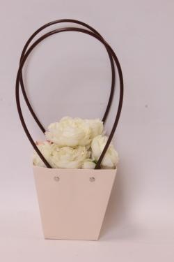 Сумка для цветов 12*8*12,5 кремовый влагостойкая  М14