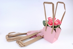 Сумка для цветов розовая (10шт в уп) W102