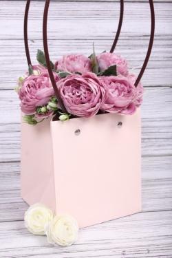 Сумка для цветов 13*15*11,5  светло розовая влагостойкая М12