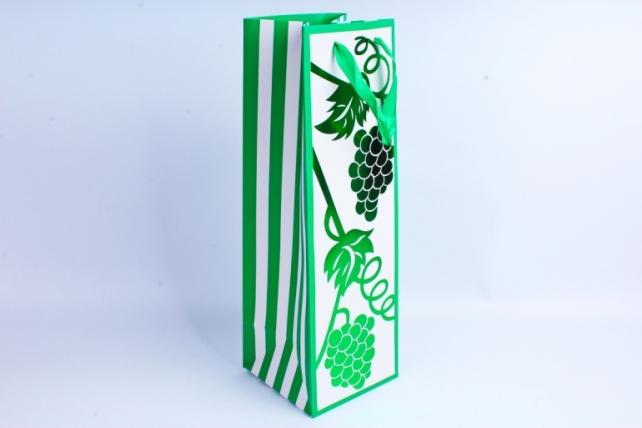 Сумка Люкс Бутылка с тиснением бело/зеленая  12 шт/уп (Цена за1шт) L39