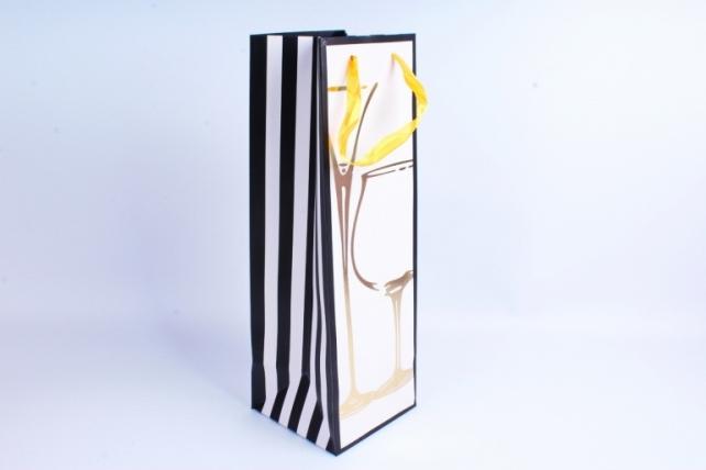 Сумка Люкс Бутылка с тиснением черно/белая 12 шт/уп (Цена за1шт) L39