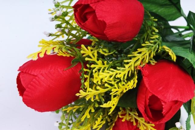 Тюльпан с декором красный