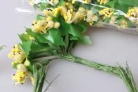 тычинки желтые сахарные с листочками 7см (120 шт в упаковке) 1761