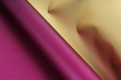 Упак. материал флористическая пленка с золотом, 58 см х 5 м, сливовый (М) 9655