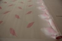 перья 0.7 упаковка для цветов,- цветочная плёнка - рулон 0.7 перья - розово-белый 5817