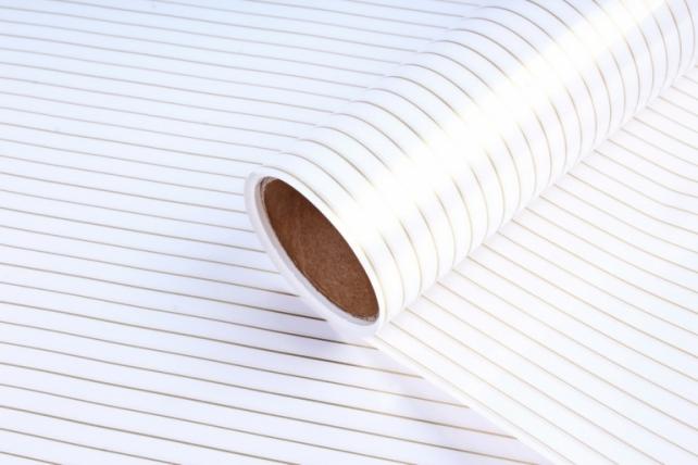 """Упаковочный материал Матовая пленка с каймой """"Золотая полоса"""", 60 см х 5 м, Белый"""