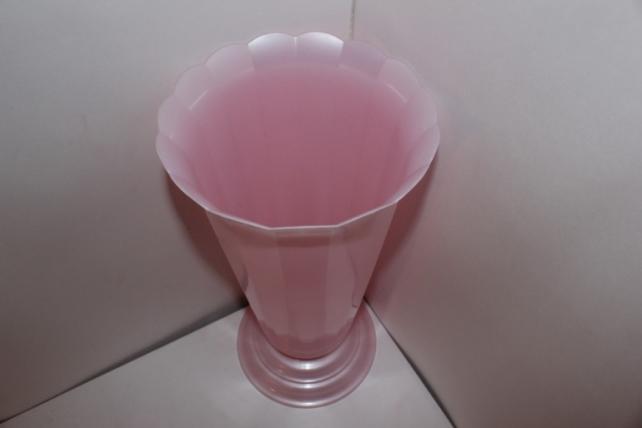 архив продукции ваза рифлёная малая светло-розовая h36 d17.5 1408-5