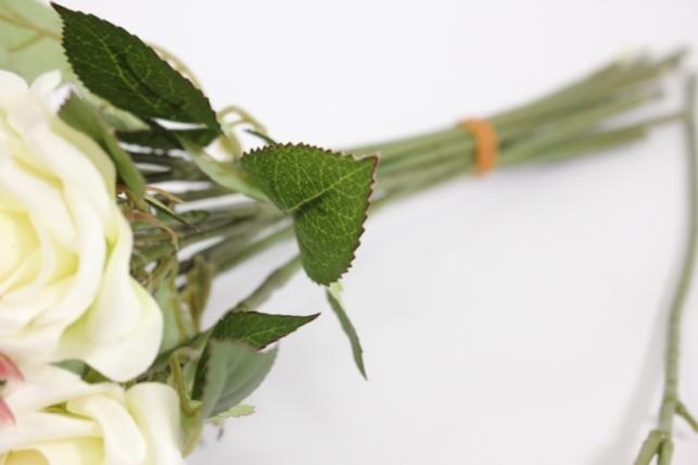 ветка розы 35 см, белая (12шт в уп) sun452