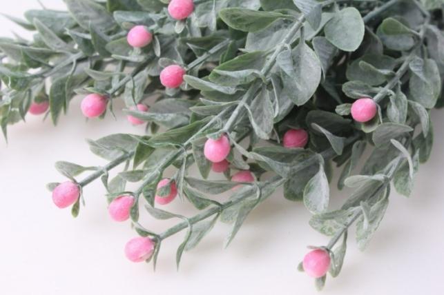 ветка с розовыми ягодами - искусственные растения