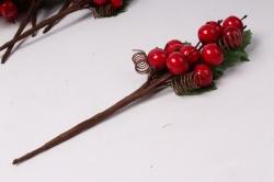 веточка с красными ягодами (12 шт в уп) 15 см 7821 sm16-67