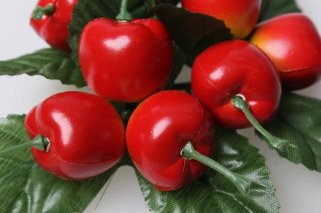 яблоки искусственные на кольце