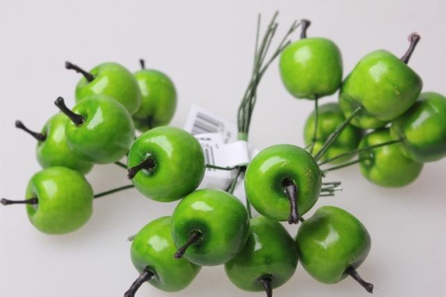 искусственные фрукты яблоки зеленые  2см (12 пучков по 6 шт) искусственные фрукты 7752