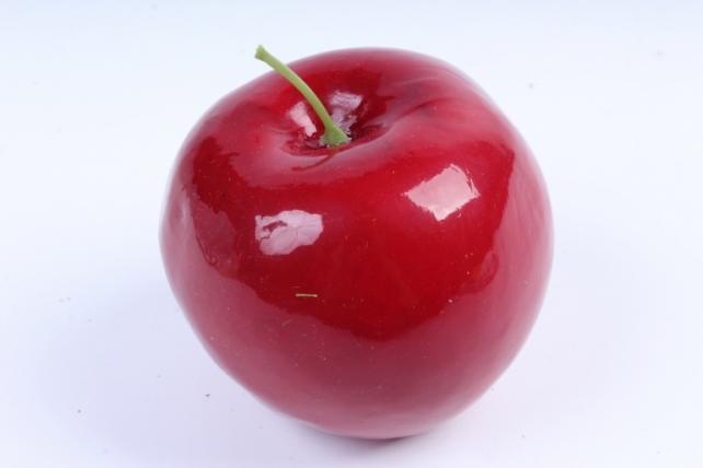 Яблоко бордовое с хвостиком