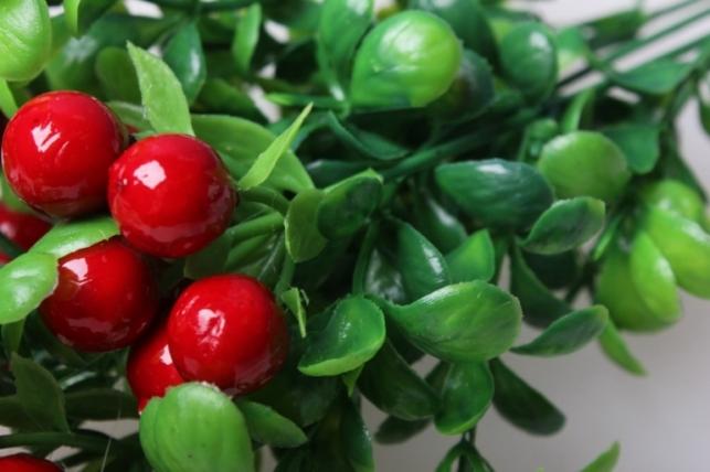 ягоды в букете в ассортименте 35см