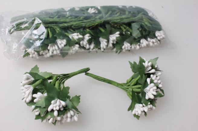 тычинки белые с листочками 7см ( 144 шт в уп) 1655