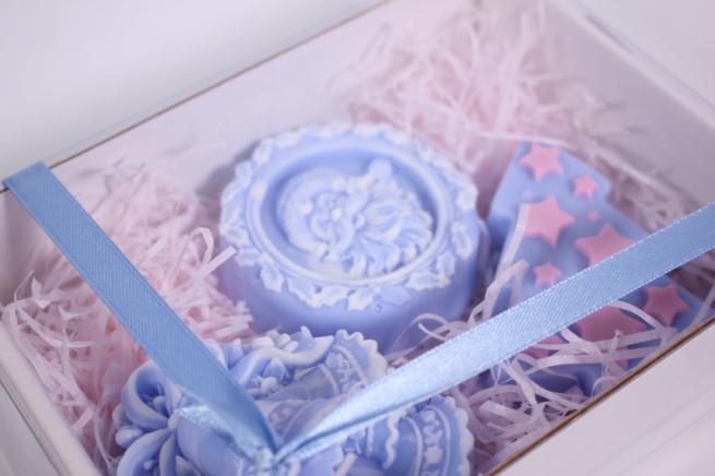 мыло (набор из 3х шт) ёлочка, дед мороз и колокольчик (голубой) ручная работа