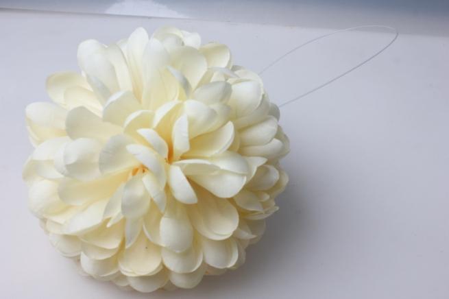 шар-цветок средний d=15см шампань 8368